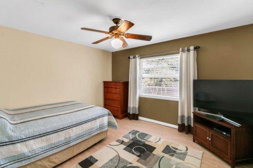 3928-Rose-Petal-Ln--Orlando--FL-32808----28---Bedroom.jpg