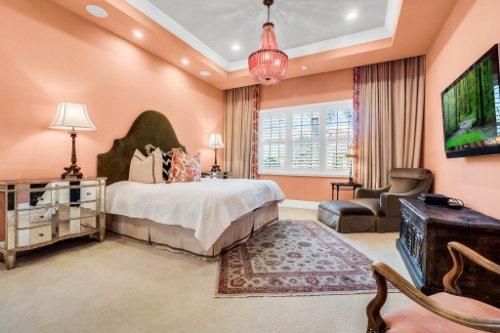 12247-Montalcino-Cir--Windermere--FL-34786----21---Master-Bedroom.jpg