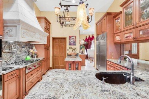 2636-Clementon-Park-Ct--Orlando--FL-32835----18---Kitchen.jpg