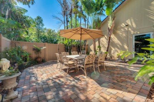 2636-Clementon-Park-Ct--Orlando--FL-32835----30---Lanai.jpg