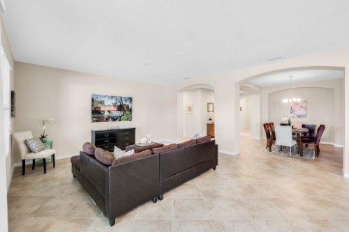 1057-Sadie-Ridge-Rd--Clermont--FL-34715----10---Family-Room.jpg