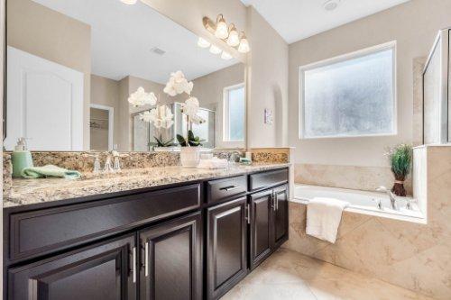 1057-Sadie-Ridge-Rd--Clermont--FL-34715----24---Master-Bathroom.jpg