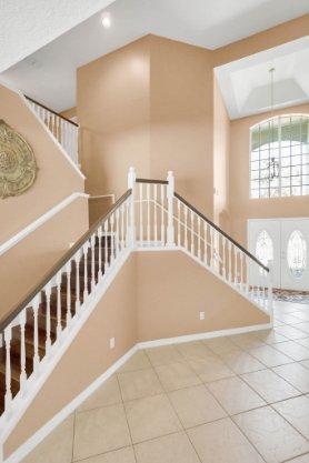 236-Bald-Eagle-Run--Lake-Mary--FL-32746----13---Stairwell.jpg