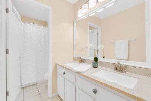 236-Bald-Eagle-Run--Lake-Mary--FL-32746----31---Bathroom.jpg