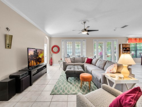 1832-Winding-Oaks-Dr--Orlando--FL-32825----10---Family-Room.jpg