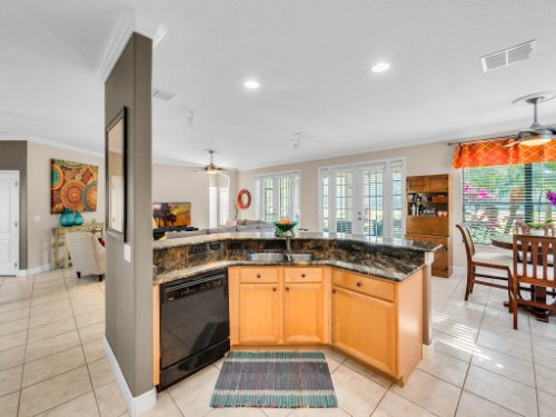 1832-Winding-Oaks-Dr--Orlando--FL-32825----16---Kitchen.jpg