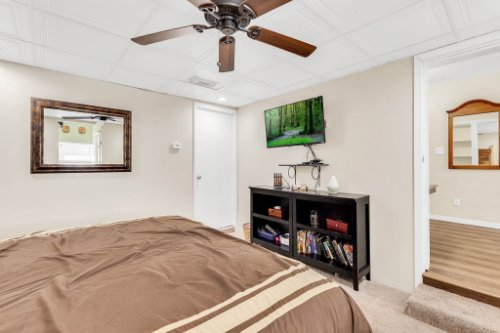 1036-Santa-Anita-St--Orlando--FL-32808----16---Master-Bedroom.jpg