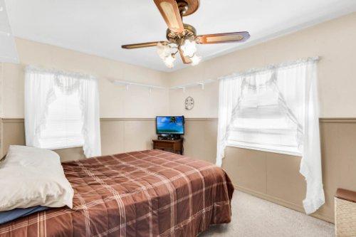 1036-Santa-Anita-St--Orlando--FL-32808----20---Bedroom.jpg