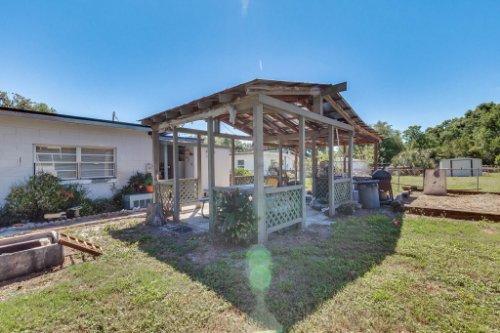 1036-Santa-Anita-St--Orlando--FL-32808----29---Backyard.jpg