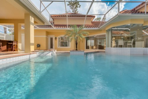9400-Sloane-St--Orlando--FL-32827----06---Pool.jpg