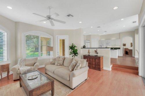 9400-Sloane-St--Orlando--FL-32827----18---Family-Room.jpg