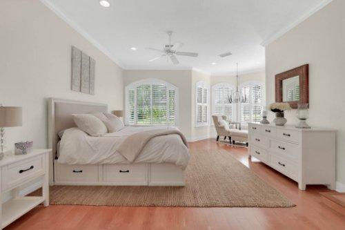 9400-Sloane-St--Orlando--FL-32827----25---Master-Bedroom.jpg