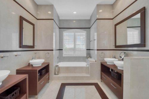 9400-Sloane-St--Orlando--FL-32827----27---Master-Bathroom.jpg