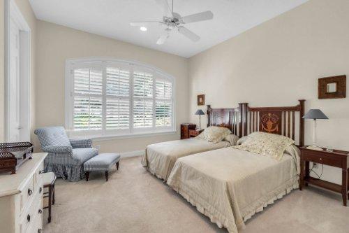 9400-Sloane-St--Orlando--FL-32827----31---Bathroom.jpg