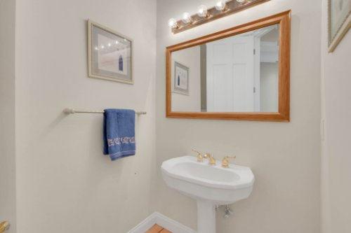9400-Sloane-St--Orlando--FL-32827----33---Bathroom.jpg