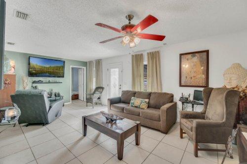 2805-Jessup-Ave--Kissimmee--FL-34744----03---Foyer.jpg
