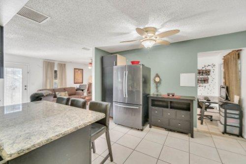 2805-Jessup-Ave--Kissimmee--FL-34744----11---Kitchen.jpg