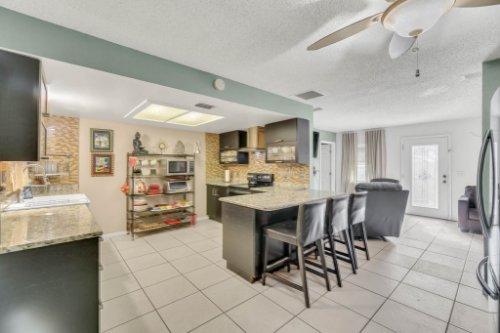 2805-Jessup-Ave--Kissimmee--FL-34744----12---Kitchen.jpg