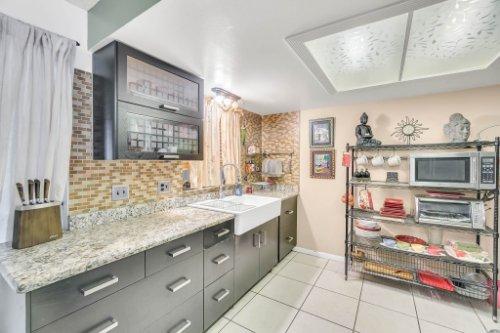2805-Jessup-Ave--Kissimmee--FL-34744----15---Kitchen.jpg
