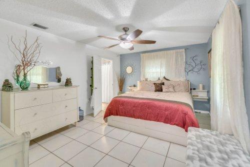2805-Jessup-Ave--Kissimmee--FL-34744----22---master-Bedroom.jpg