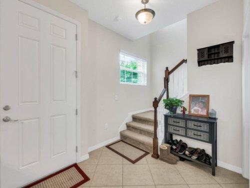 12861-Tanja-King-Blvd--Orlando--FL-32828----04---Foyer.jpg