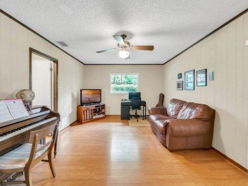 617-Camden-Rd--Altamonte-Springs--FL-32714----12---Family-Room.jpg