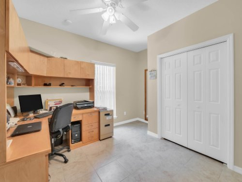 813-E-10th-St--Apopka--FL-32703----19---Bedroom.jpg