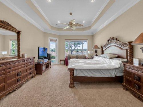 25531-Hawks-Run-Ln--Sorrento--FL-32776----24---Master-Bedroom.jpg