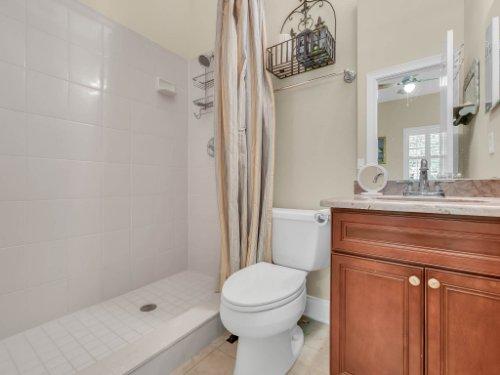 25531-Hawks-Run-Ln--Sorrento--FL-32776----31---Bathroom.jpg