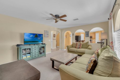 117-Royalty-Cir--Sanford--FL-32771----10---Family-Room.jpg