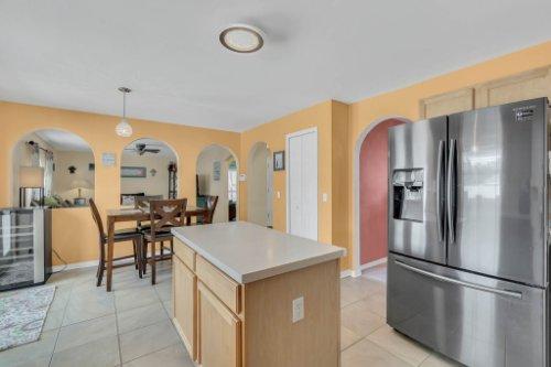 117-Royalty-Cir--Sanford--FL-32771----14---Kitchen.jpg
