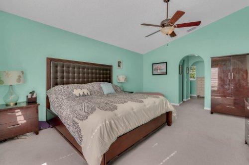 117-Royalty-Cir--Sanford--FL-32771----19---Master-Bedroom.jpg