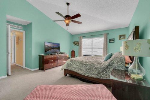 117-Royalty-Cir--Sanford--FL-32771----20---Master-Bedroom.jpg
