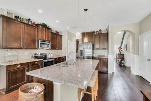 132-Magneta-Loop--Auburndale--FL-33823----18---Kitchen.jpg