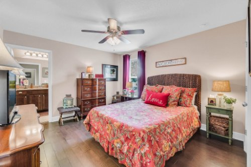 132-Magneta-Loop--Auburndale--FL-33823----28---Bedroom.jpg