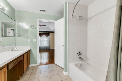14444-Oakshire-Blvd--Orlando--FL-32824----04.jpg