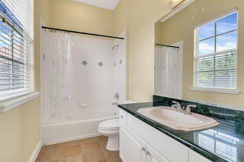 10909-Emerald-Chase-Dr--Orlando--FL-32836---29---Bathroom.jpg