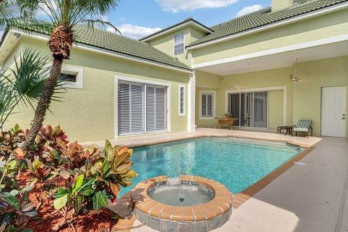 8245-Lake-Serene-Dr--Orlando--FL-32836---06---Pool.jpg
