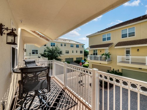 755-Greybull-Run--Lake-Mary--FL-32746---13---Balcony.jpg