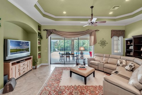 330-Highcroft-Ct--Lake-Mary--FL-32746----14---Family-Room.jpg