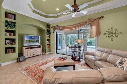 330-Highcroft-Ct--Lake-Mary--FL-32746----16---Family-Room.jpg