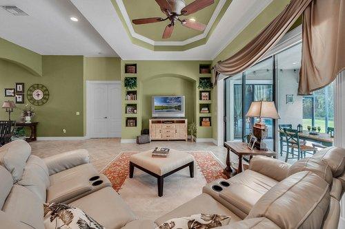 330-Highcroft-Ct--Lake-Mary--FL-32746----18---Family-Room.jpg