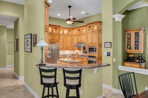 330-Highcroft-Ct--Lake-Mary--FL-32746----21---Kitchen.jpg