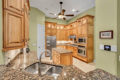 330-Highcroft-Ct--Lake-Mary--FL-32746----22---Kitchen.jpg