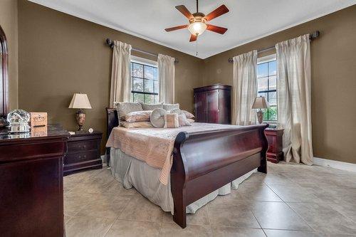 330-Highcroft-Ct--Lake-Mary--FL-32746----34---Bedroom.jpg