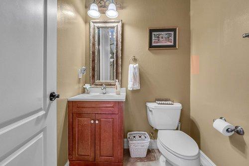 330-Highcroft-Ct--Lake-Mary--FL-32746----36---Bathroom.jpg