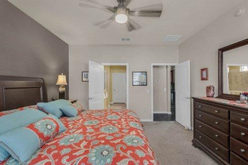 10111-SW-76th-Ln--Ocala--FL-34481----21---Master-Bedroom.jpg