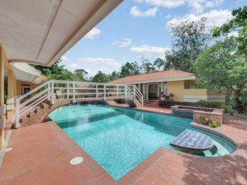 2775-Marsh-Wren-Cir--Longwood--FL-32779----03---Pool---Reshoot.jpg