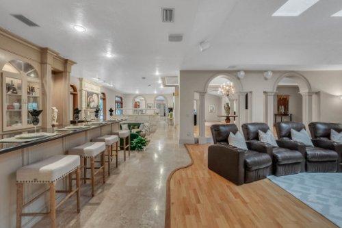 2775-Marsh-Wren-Cir--Longwood--FL-32779----17---Family-Room.jpg