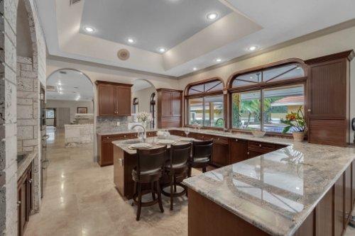 2775-Marsh-Wren-Cir--Longwood--FL-32779----23---Kitchen.jpg